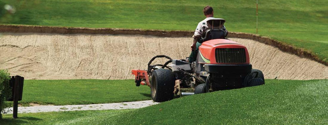 manutenzione prato green golf